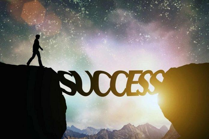 Trên đường thành công không có dấu chân của kẻ lười biếng